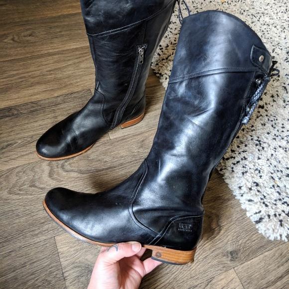UGG Bonham Leather Low Block Heel Ankle Boot, Black at John